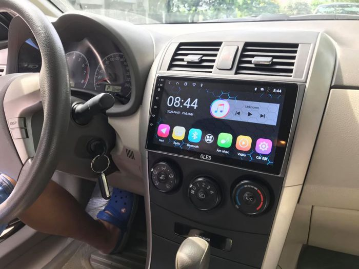 man-hinh-dvd-android-oled-altis-2007